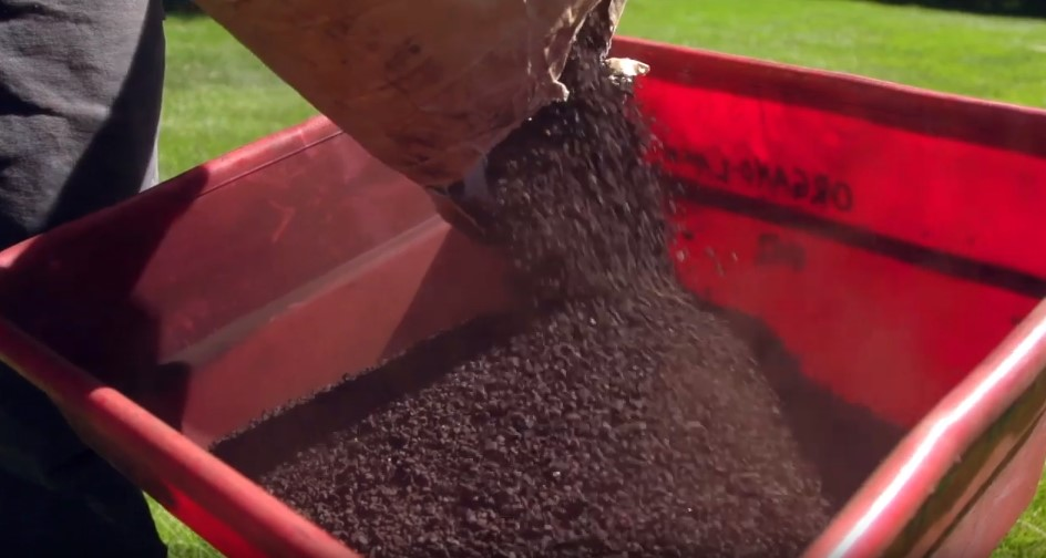 Humate Soil Conditioner